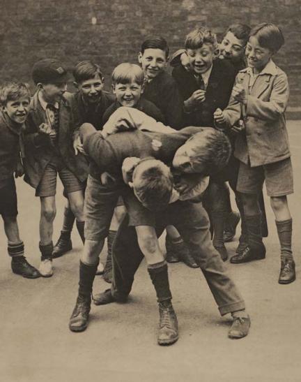 playground-fight